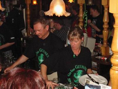 http://pipers-corner.de/media/events/2004_03_17/003.jpg